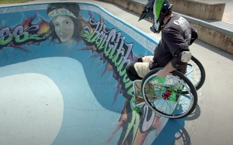 Wheel chair moto cross